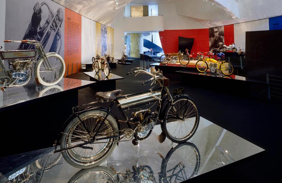 El Arte de la Motocicleta - 870.776 visitantes  (noviembre de 1999 / septiembre del 2000)