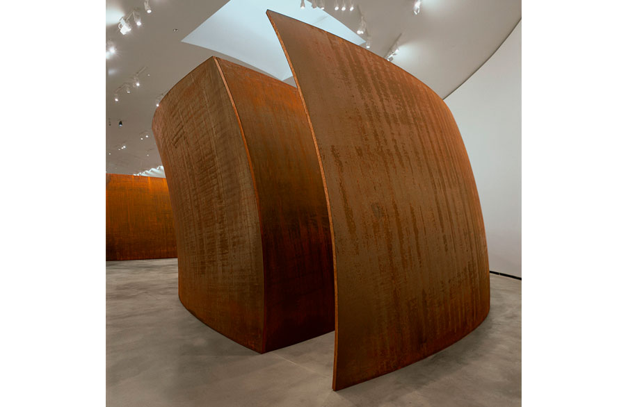 Richard Serra - La materia del tiempo - 631.000 visitantes  (En 2015)