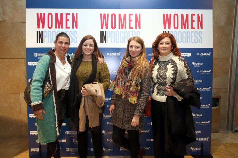 Nuria López, Esther Santiago, Liudmila Charviakova y María del Mar Inclán.
