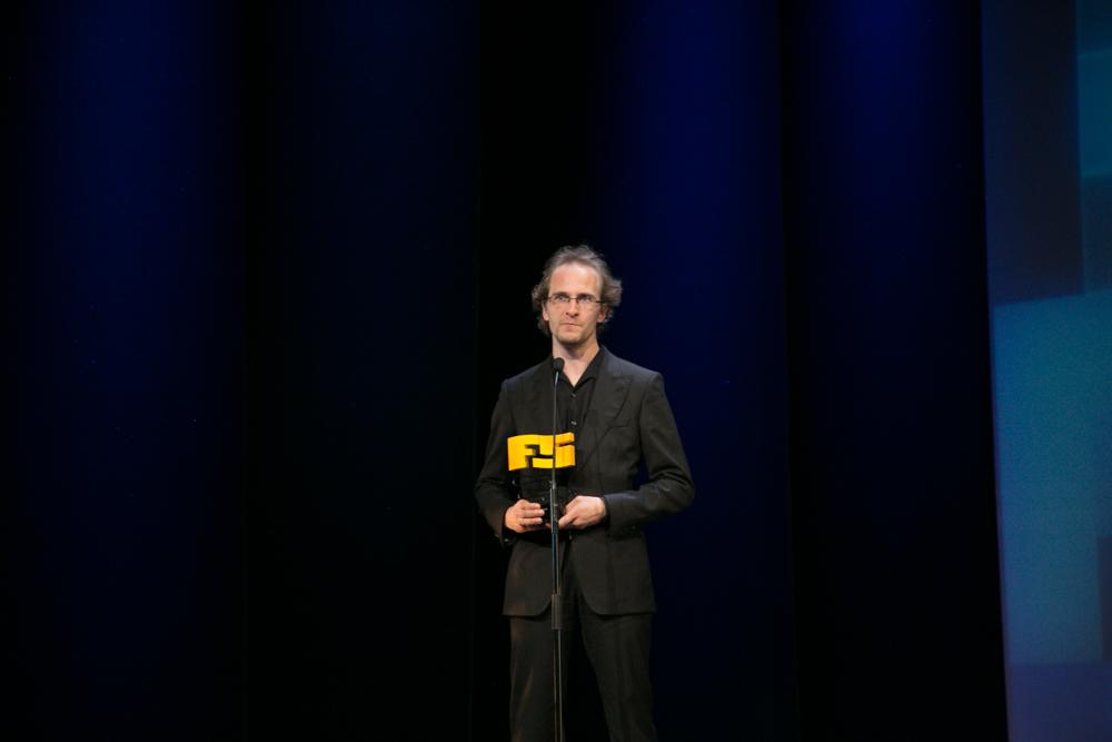 Mejor juego de rol 'Divinity Original Sin'. David Walgrave, productor ejecutivo de Larian Studios premiado en la gala de entrega de premios a los Mejores Videojuegos 2014