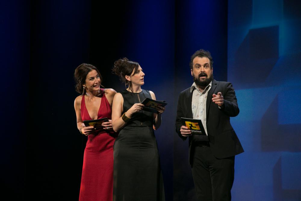 Belén López, Malena Alterio y Nacho Vigalondo, en un momento de la Gala de entrega de premios a los Mejores Videojuegos 2014