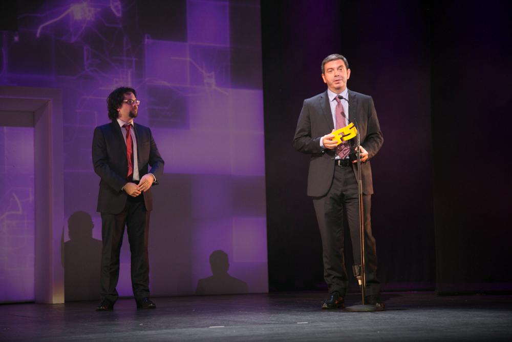 Mejor saga y juego de motor 'Halo'. Francisco Arteche, de Microsoft, recogió el premio a la mejor franquicia y también el de 'Forza Horizon 2'. Premiado en la gala de entrega de premios a los Mejores Videojuegos 2014