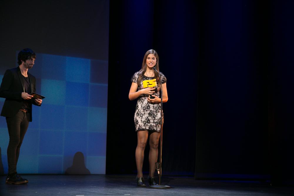 Mejor guión. 'Borderlands: The Pre-Sequel'. María Martínez, responsable de comunicación de 2KGames en la gala de entrega de premios a los Mejores Videojuegos 2014