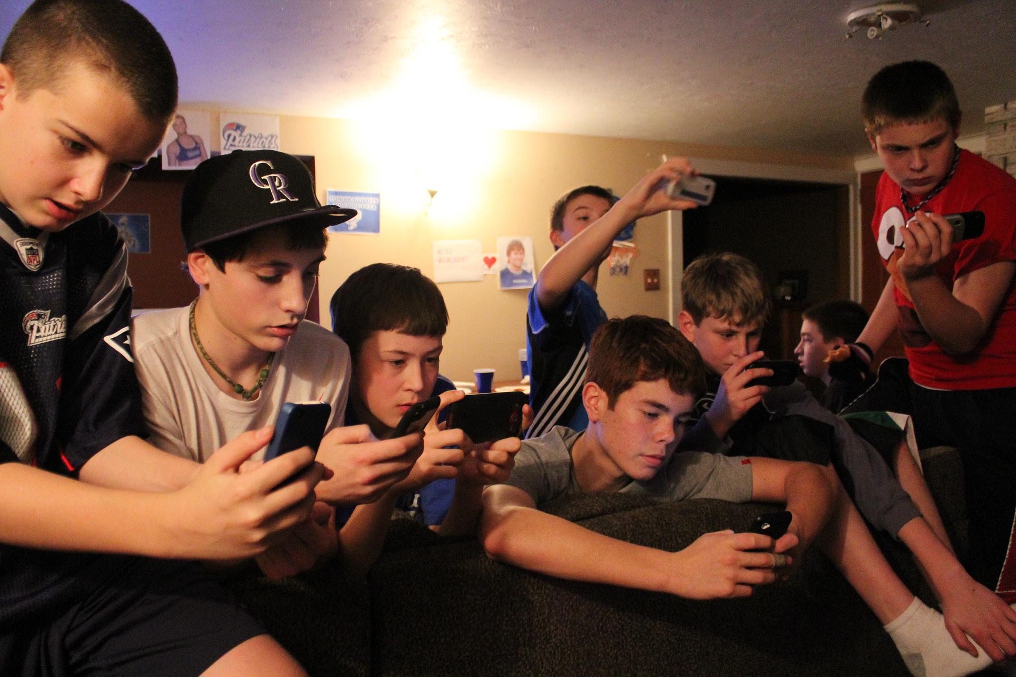 Fun & Serious y PantallasAmigas fomentarán buenos hábitos frente a la pantalla entre escolares