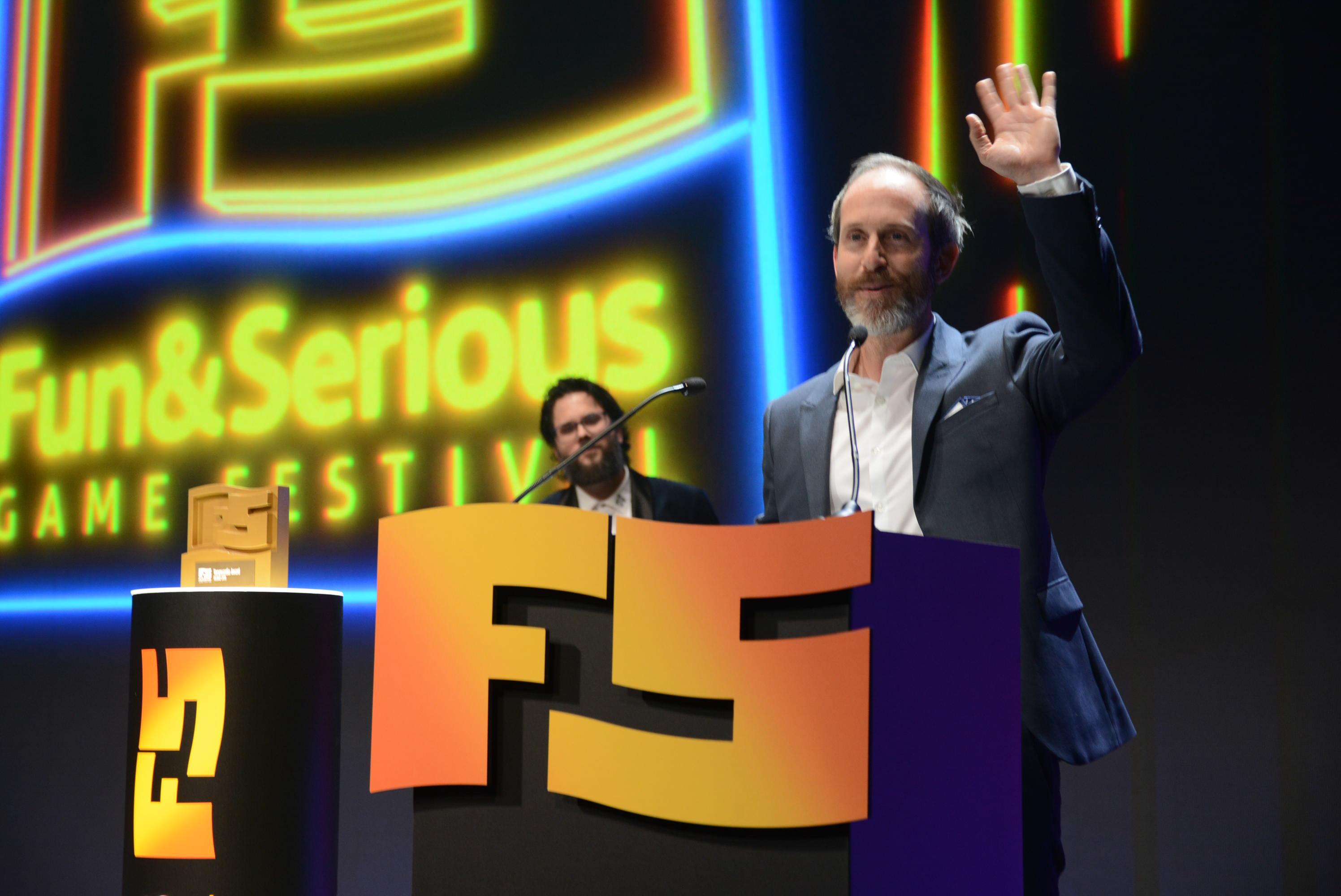 Bruce Straley, Premio Vanguardia